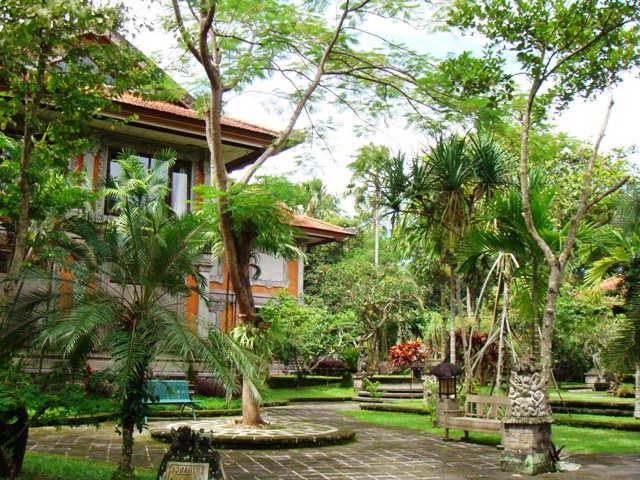 Museo-de-Arte-Agung-Rai-ubud-turismo