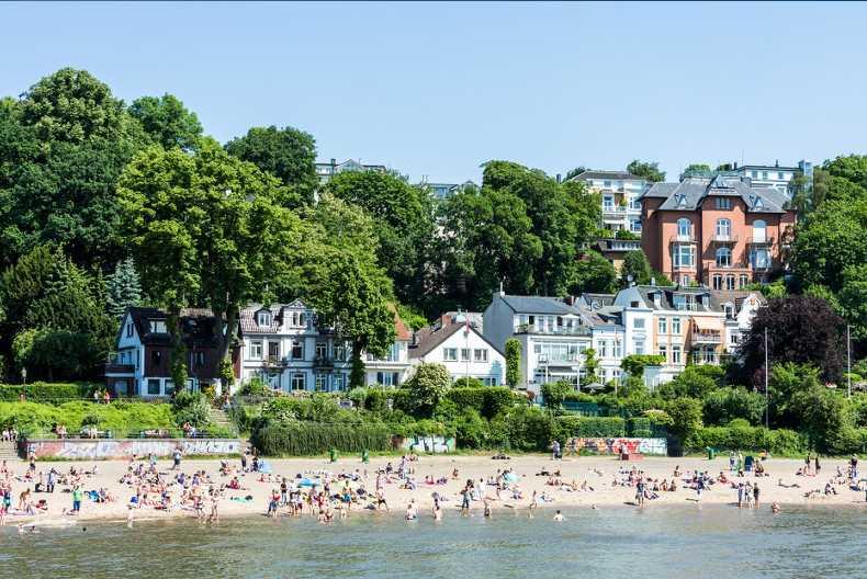 Elbe Beach