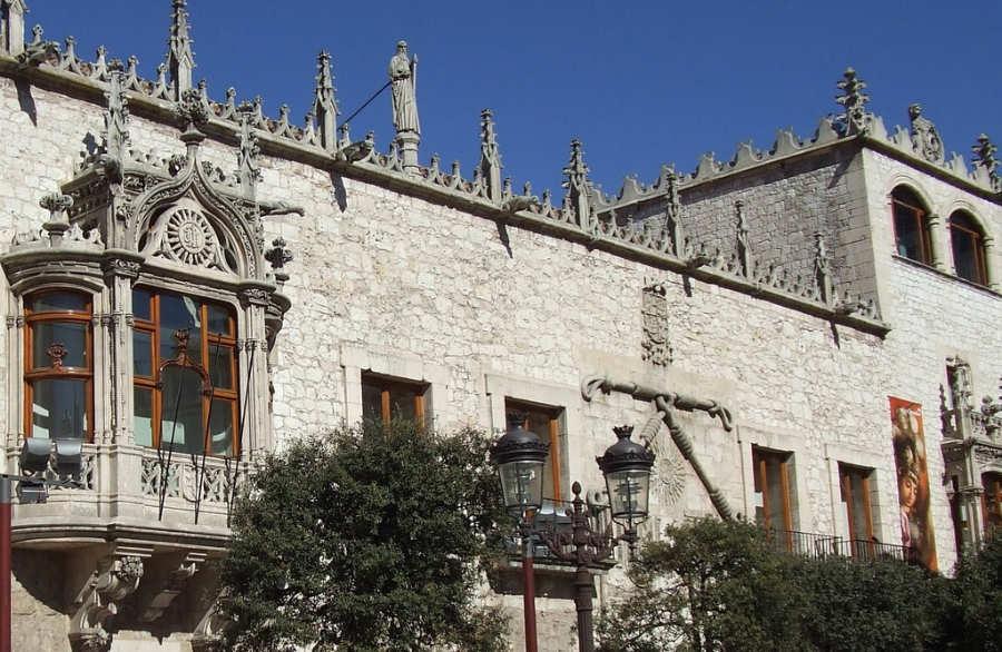 Casa-del-Cordón-Burgos