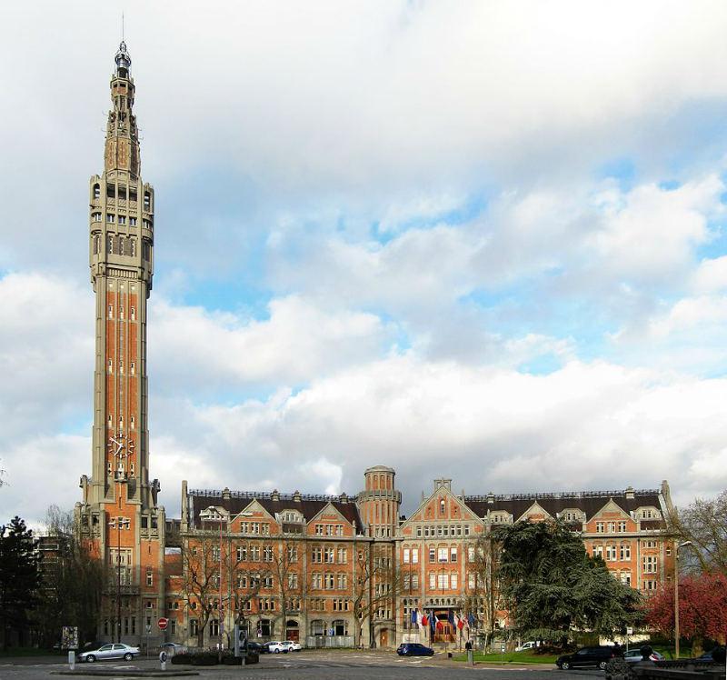 Ayuntamiento y Campanario de Lille