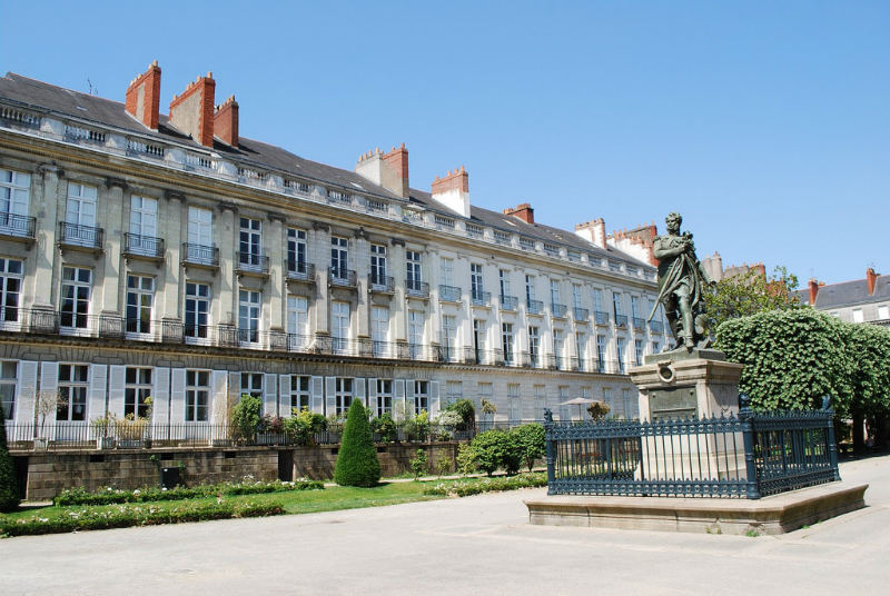 Cours Cambronne