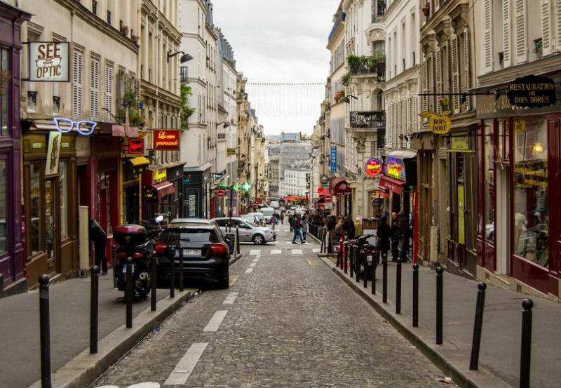 Rue des Martyrs