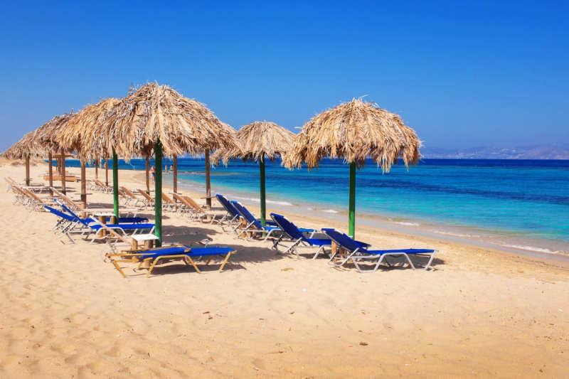 Playa Plaka - que ver en naxos