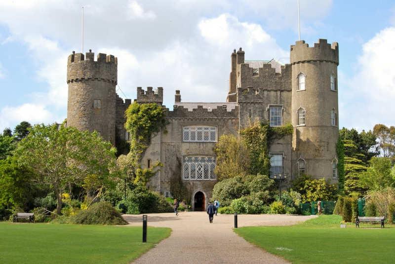 Malahide Castle - castillos de irlanda