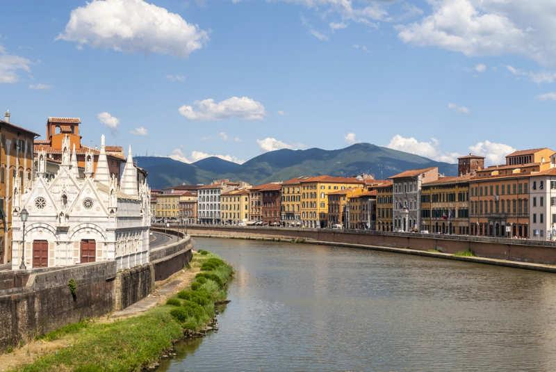 Río-Arno-turismo-pisa