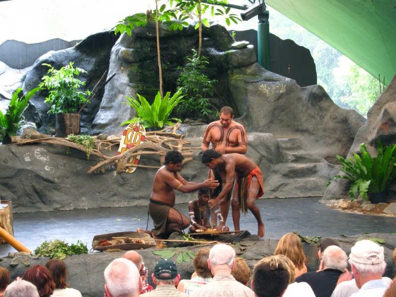 Parque Cultural Aborigen Tjapukai