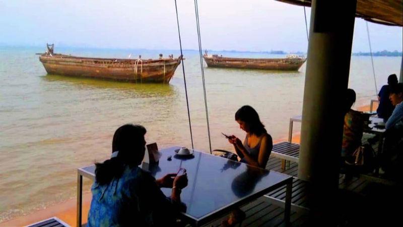 Moom Aroi Naklua Pattaya